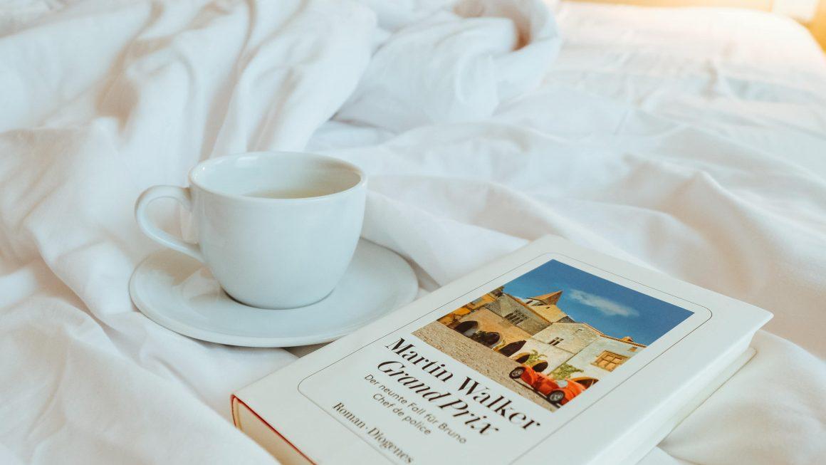 Un thé et un livre, le bonheur