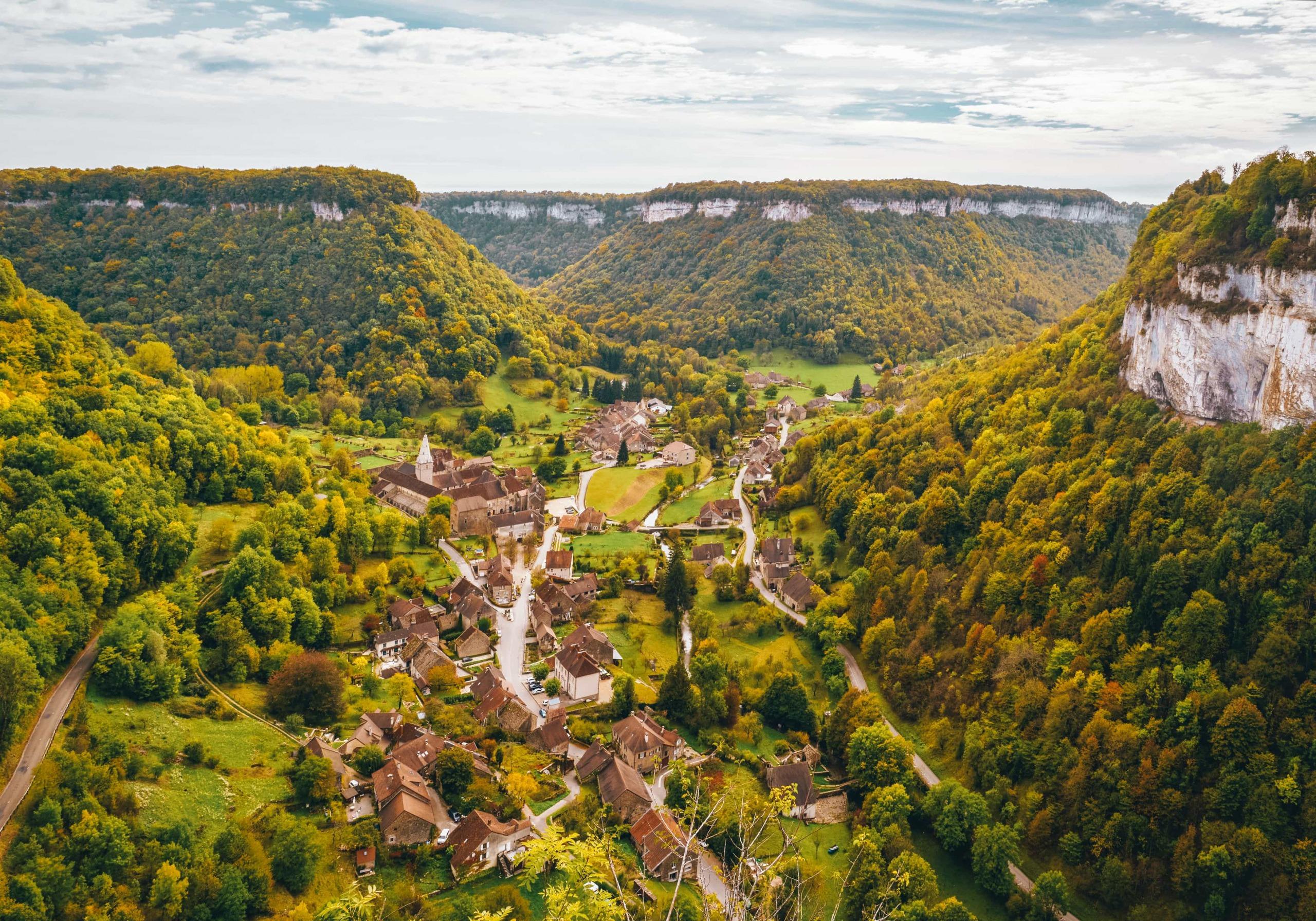 Baume-les-Messieurs (Bourgogne-Franche-Comté)