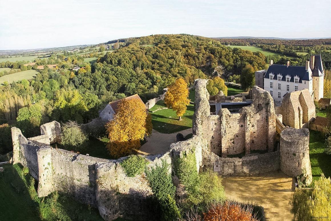 Sainte-Suzanne (Pays-de-la-Loire)