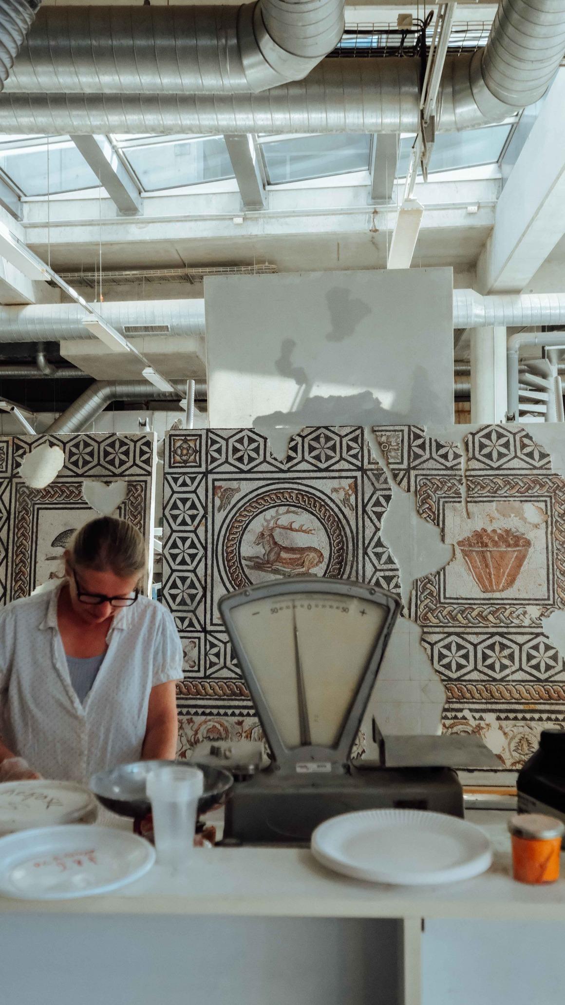 Atelier de restauration de mosaïques et d'enduits peints